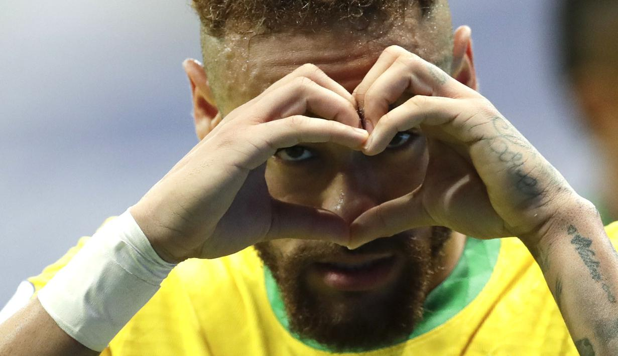 Neymar menjadi salah satu aktor gol dalam pertandingan antara Brasil melawan Venezuela di Estadio Nacional de Brasilia, Brasil pada Senin (14/06/2021) pagi WIB. Brasil sukses mengoleksi tiga poin dalam pertandingan perdana ini dan menempati puncak klasemen sementara Grup B. (Foto: AP/Eraldo Peres)