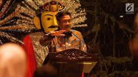 PLT Gubernur DKI Jakarta Djarot Saiful Hidayat memberi keterangan saat undian Rusunawa di Balai Kota, Jakarta, Senin (26/5). Selain itu undian juga diprioritaskan untuk warga lansia dan lansia veteran. (Liputan6.com/Gempur M Surya)