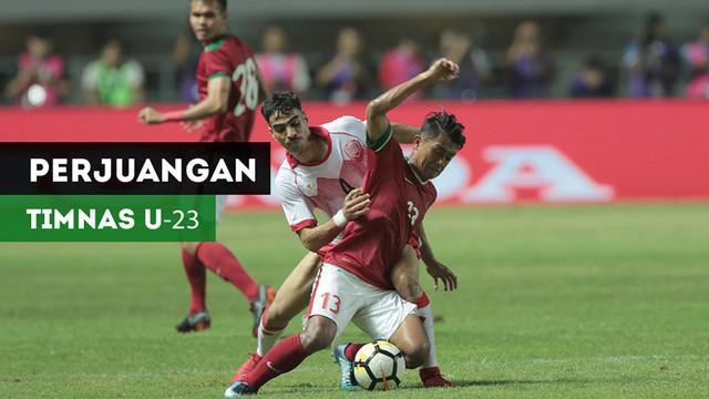 Berita video momen-momen perjuangan Timnas Indonesia U-23 saat menghadapi Bahrain di PSSI Anniversary Cup 2018 di Stadion Pakansari, Bogor, Jumat (27/4/2018).
