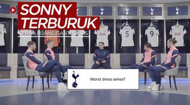 Berita video acara bincang-bincang di ruang ganti Tottenham Hotspur, di mana terungkap fakta Son Heung-min adalah pemain dengan selera berpakaian yang paling buruk di tim utama.