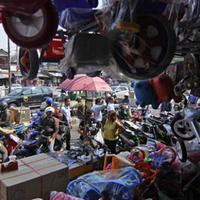 Ini deretan mainan kece dan keren yang bisa kamu temukan di Pasar Gembrong, Jakarta.