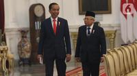 Presiden Joko Widodo dan Wapres Ma'ruf Amin bersiap memperkenalkan Wakil Menteri Kabinet Indonesia Maju di Istana Merdeka, Jakarta, Jumat (25/10/2019). 12 Wakil Menteri datang dari berbagai macam latar belakang dengan harapan dapat membantu kerja para menteri. (Liputan6.com/Angga Yuniar)