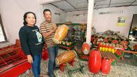 Setelah ayahnya wafat di tahun 2013, Legiyono secara resmi memegang kendali usaha gamelan.