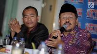 "Juru bicara HTI, Ismail Yusanto memberikan pernyataannya saat menghadiri sebagai narasumber dalam diskusi polemik di Jakarta, Sabtu (15/7). Diskusi tersebut bertemakan ""Cemas Perppu Ormas"". (Liputan6.com/Faizal Fanani)"