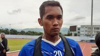 Penyerang anyar Persib Bandung, Beni Oktavianto. (Bola.com/Erwin Snaz)