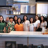 Lewat demo masak, Jakarta Vegan Guide siarkan inspirasi memasak makanan plant based. (Sumber foto: Deki Prayoga/FIMELA.com)