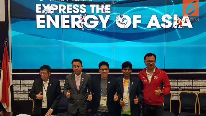 Presiden Federasi Olahraga Elektronik Asia (AESF), Kenneth Fok, bertekad mewujudkan impian eSports untuk dipertandingan di Olimpiade 2020. (Bola.com/Zulfirdaus Harahap)