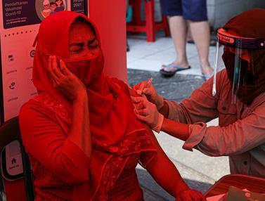 Vaksin di Pasar Gang Kancil