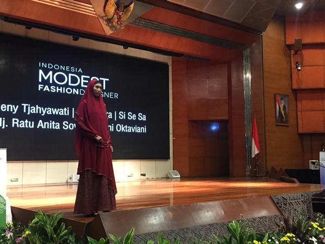 Fashion muslim karya desainer Indonesia siap memeriahkan Indonesia Maodest Fashion Week (IMFW) di Jakarta/copyright Vemale.com/Anisha SP