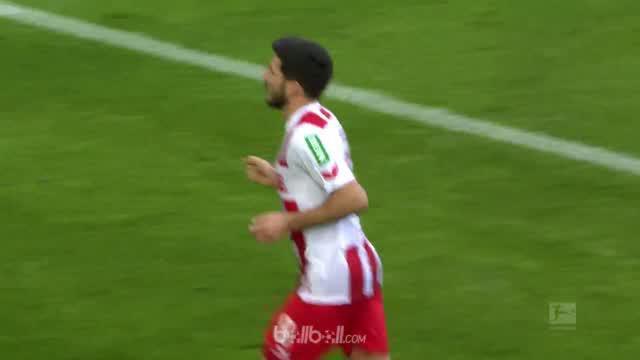 Tim juru kunci FC Koln ditahan Augsburg 1-1 dalam laga lanjutan Bundesliga, Sabtu (27/1). Milos Jojic membawa tuan rumah unggul le...