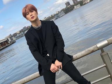 Pria kelahiran 1997 ini merilis cover lagu 'I Like Me Better' milik penyanyi Lauv di channel Youtube resmi NCT pada Kamis (22/8). (Liputan6.com/IG/@nct127)
