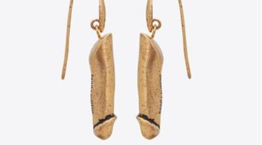 Yves Saint Laurent Luncurkan Anting dan Kalung Bentuk Penis, Tertarik?
