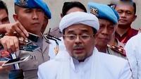 Polisi periksa Ketua FPI Rizieq Shihab sebagai saksi dugaan makar. Sementara itu, Ahok membantah akan melaporkan Ketua MUI Ma'ruf Amin.