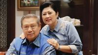 Kemesraan SBY dan Ani Yudhoyono (Dok.Instagram/@aniyudhoyono/https://www.instagram.com/p/Bl4va8sFx5-/Komarudin)