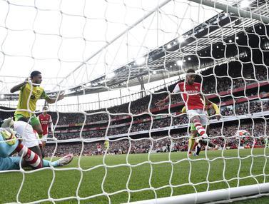 Foto: Akhirnya Arsenal Pecah Telur di Liga Inggris Lewat Gol Semata Wayang Aubameyang