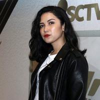 Bermain dalam film Reuni Z, ini kesulitan Dinda Kanyadewi perankan Trangender