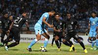 Persela Lamongan vs PSIS Semarang, Jumat (5/10/2018) di Stadion Surajaya, Lamongan. (Bola.com/Aditya Wany)