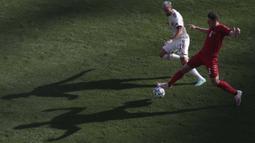 Dominasi Denmark terus berlanjut. Hingga menit ke-20, Denmark sudah membuat 6 tembakan, Belgia hanya satu kali mengancam. (Foto: AP/Pool/Hannah McKay)