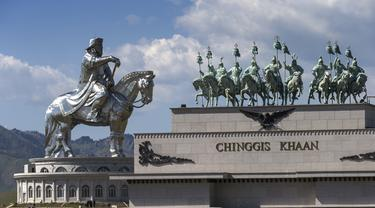 China Intervensi Rencana Pameran Gengis Khan di Museum Sejarah Prancis