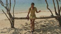 Gaya simpel Aurel Hermansyah saat liburan di Labuan Bajo, Nusa Tenggara Timur. (dok. Instagram @aurelie.hermansyah/https://www.instagram.com/p/B4PBu2IAhrO/Putu Elmira)