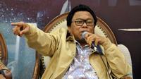 Wakil Ketua MPR Oesman Sapta Odang menyampaikan pandangan dalam diskusi dialektika di Kompleks Parlemen Senayan, Jakarta, Kamis (9/6). Diskusi itu membahas tingginya harga daging sapi selama bulan Ramadan. (Liputan6.com/Johan Tallo)
