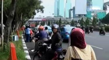 Jalan Sudirman Ditutup, Tukang Ojek Raup Untung Besar