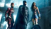 Tiga superhero di Justice League. (Entertainment Weekly)
