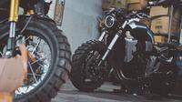 Bengekel Katros Garage hanya memproduksi enam sepeda motor, tiga unit untuk konsumen umum dan tiga unit untuk kerja sama. (Instagram @katrosgarage)