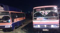 Bus rongsok di Pul Rawa Buaya, Jakarta Timur. (Audrey Santoso/Liputan6.com)