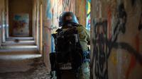 Tentara Israel terlihat di Dataran Tinggi Golan yang diduduki Israel pada 18 November 2020. Sebanyak 10 tentara Suriah dan pejuang pro-pemerintah tewas akibat serangan baru Israel terhadap situs-situs militer Suriah di ibu kota Damaskus jelang Rabu (18/11) dini hari. (Xinhua/JINI/Gil Eliyahu)