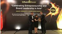 Hari V. Krishnan, President and Chief Business Officer (CBO) saat menerima penghargaan Top Brand untuk PropertyGuru