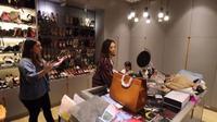 Mengintip Kamar Gisel, Tempat Bajunya Luas dan Lengkap Seperti Butik. foto: Youtube 'ITIKK Family'
