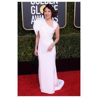 Simak di sini sederet aktris Asia yang tampil memukau di Golden Globes 2019 (Foto: Instagram/Versace)