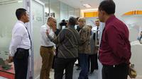 Nasabah Jiwasraya kunjungi Kantor OJK (dok: Tira)