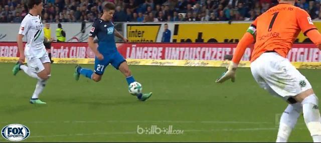 Berita video gol-gol terbaik yang tercipta pada pekan ke-32 Bundesliga 2017-2018. This video presented by BallBall.