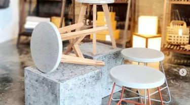 Studio Desain di Bandung Membuat Furnitur Ramah Lingkungan dari Puntung Rokok