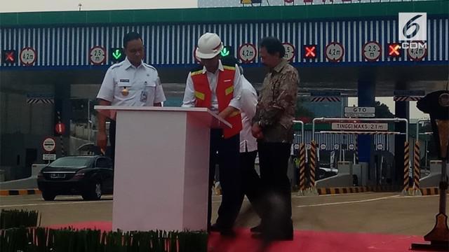 Presiden Joko Widodo (Jokowi) meresmikan pengoperasian Tol Depok Antasari (Desari) Seksi I ruas Antasari-Brigif sepanjang 5,8 km. Peresmian dilakukan di Gerbang Tol Cilandak Utama, Jakarta Selatan.