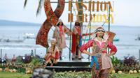 Pemerintah Provinsi Jawa Timur baru saja menggelar event fashion bertajuk East Java Fashion Harmony 2020 di kawasan Pantai Solong, Kabupaten Banyuwangi.