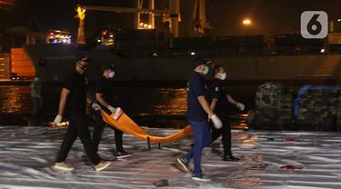 Keluarga Optimis Copilot Sriwijaya Air SJ-182 Selamat ...