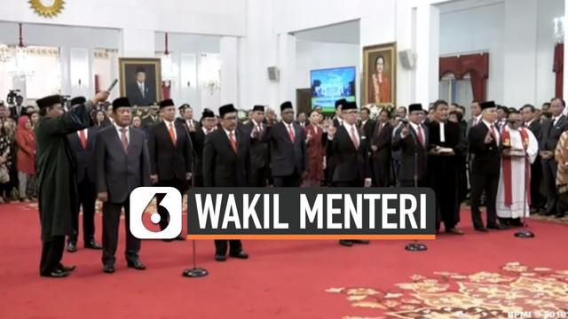 Selusin wakil menteri dilantik Presiden Joko Widodo atau Jokowi. Mereka bertugas membantu menteri Kabinet Indonesia Maju.Sebelum diumumkan, para wakil menteri dipanggil satu per satu menemui Jokowi dan Wapres Ma'ruf Amin di Istana Negara, Jakarta, Ju...
