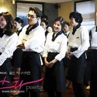 Biasanya drama Korea selalu mengangkat berbagai tema. Mulai dari kisah romantis, konyol, pertemanan, hingga kuliner. Berikut drama Korea yang bertema kuliner. (Foto: soompi.com)