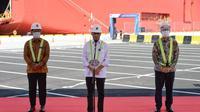 Menteri Perhubungan (Menhub) Budi Karya Sumadi hadir langsung di Pelabuhan Patimban menyaksikan dilakukannya Soft Launching dan Pengoperasian Perdana Pelabuhan Internasional Patimban, Subang, Jawa Barat, Minggu (20/12/2020). (Foto: Kemenhub)