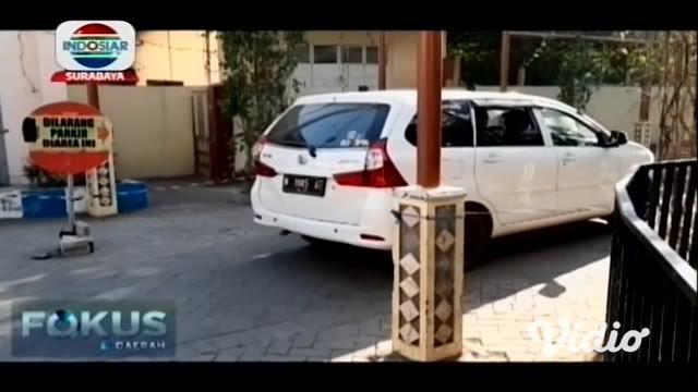 Seorang begal di Pasuruan Jawa Timur terpaksa dilumpuhkan dengan timah panas, karena melawan saat hendak ditangkap.