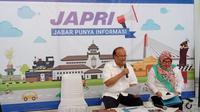 Kepala Disnakertrans Provinsi Jawa Barat Ferry Sofwan Arief memgumumkan UMK 2019. (Huyogo Simbolon)