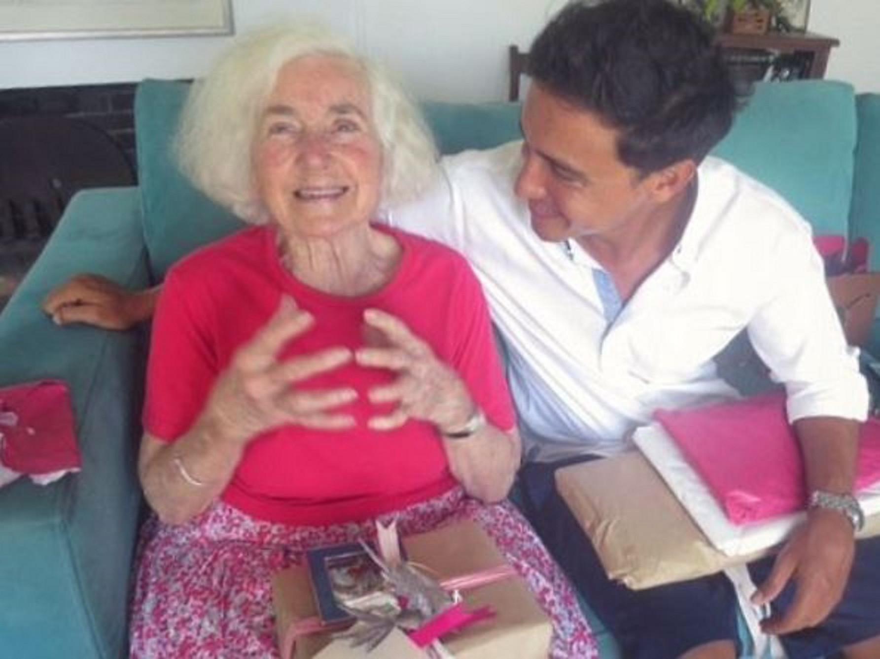 Hamish Daud mengungkapkan kesedihannya saat nenek tercintanya meninggal dunia (Instagram/@hamishdw)