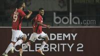 Gelandang Bali United, Yabes Roni, merayakan gol yang dicetaknya ke gawang Persib Bandung. Secara mengejutkan, Bali United sempat unggul 2-0 melalui gol Irfan Bachdim '15 dan Yabes Roni '69. (Bola.com/Vitalis Yogi Trisna)