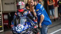 Galang Hendra kembali mengalami masalah teknis dengan motor saat ikut WSSP300 Portugal di Sirkuit Portimao (dok: Yamaha)