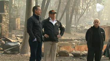 Presiden Amerika Serikat, Donald Trump mengunjungi lokasi kebakaran di California. Sedikitnya 9.700 rumah hancur dalam kebakaran itu dan 71 orang dinyatakan tewas serta lebih dari 1.000 orang hilang.