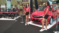Terobosan dari dealer mobil berbasis digital dengan cara menjual mobil dan motor dibawah harga pasaran. Foto (Liputan6.com / Panji Prayitno)