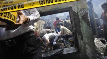 Ilustrasi Garis Polisi Lokasi Kebakaran